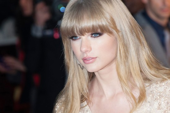 Taylor+Swift+Stars+NRJ+Music+Awards+FzKvc9cHSXVl